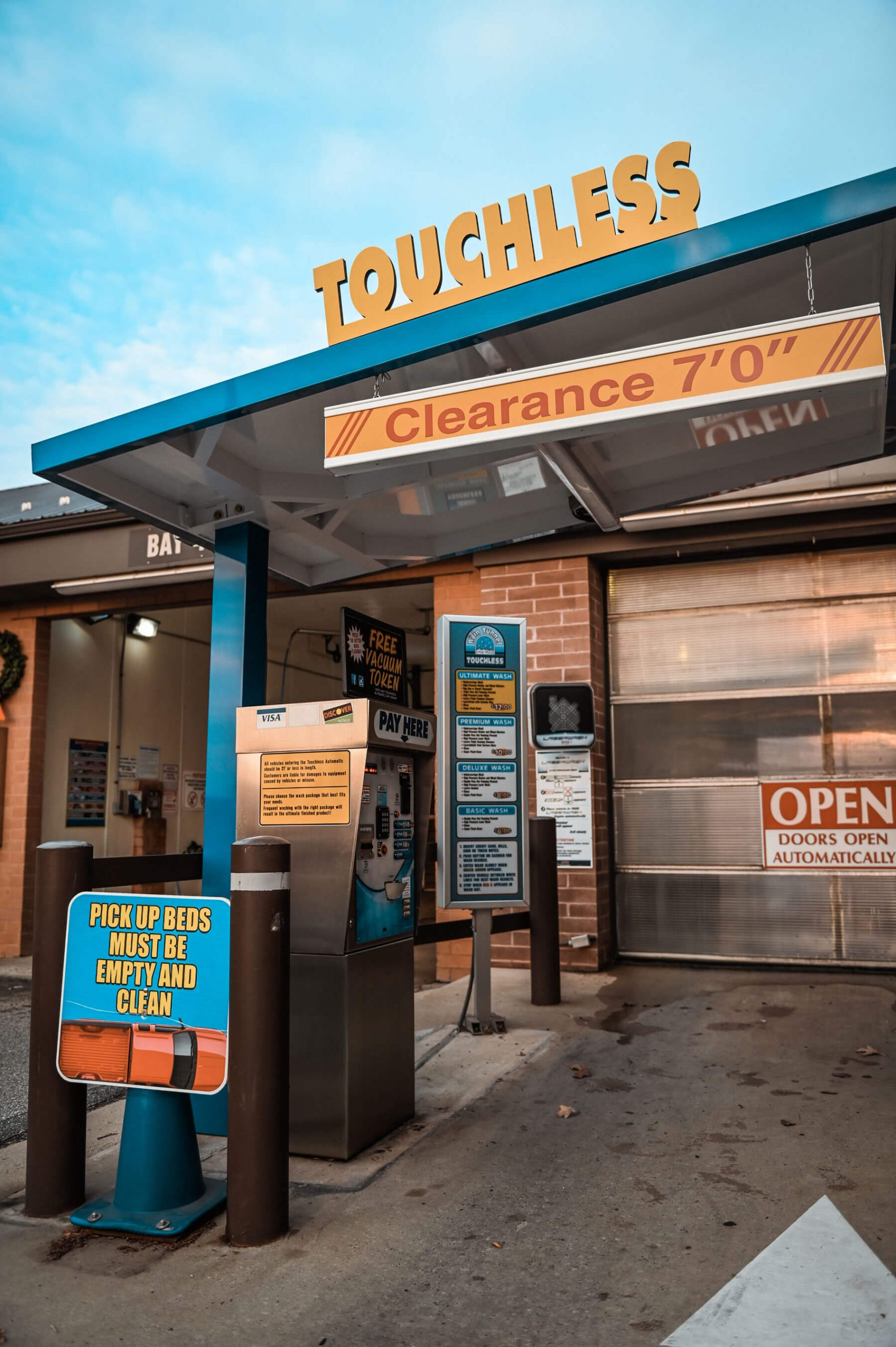 touchless automatic carwash